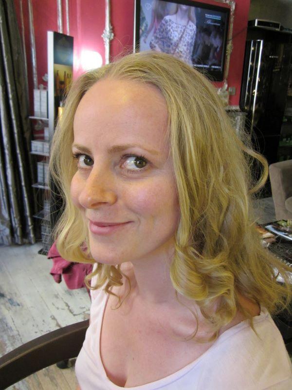 Coiffures avant apr s retrouver une coupe apr s la for Salon de coiffure sexy